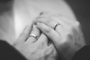 wedding rings hands morguefile badlong