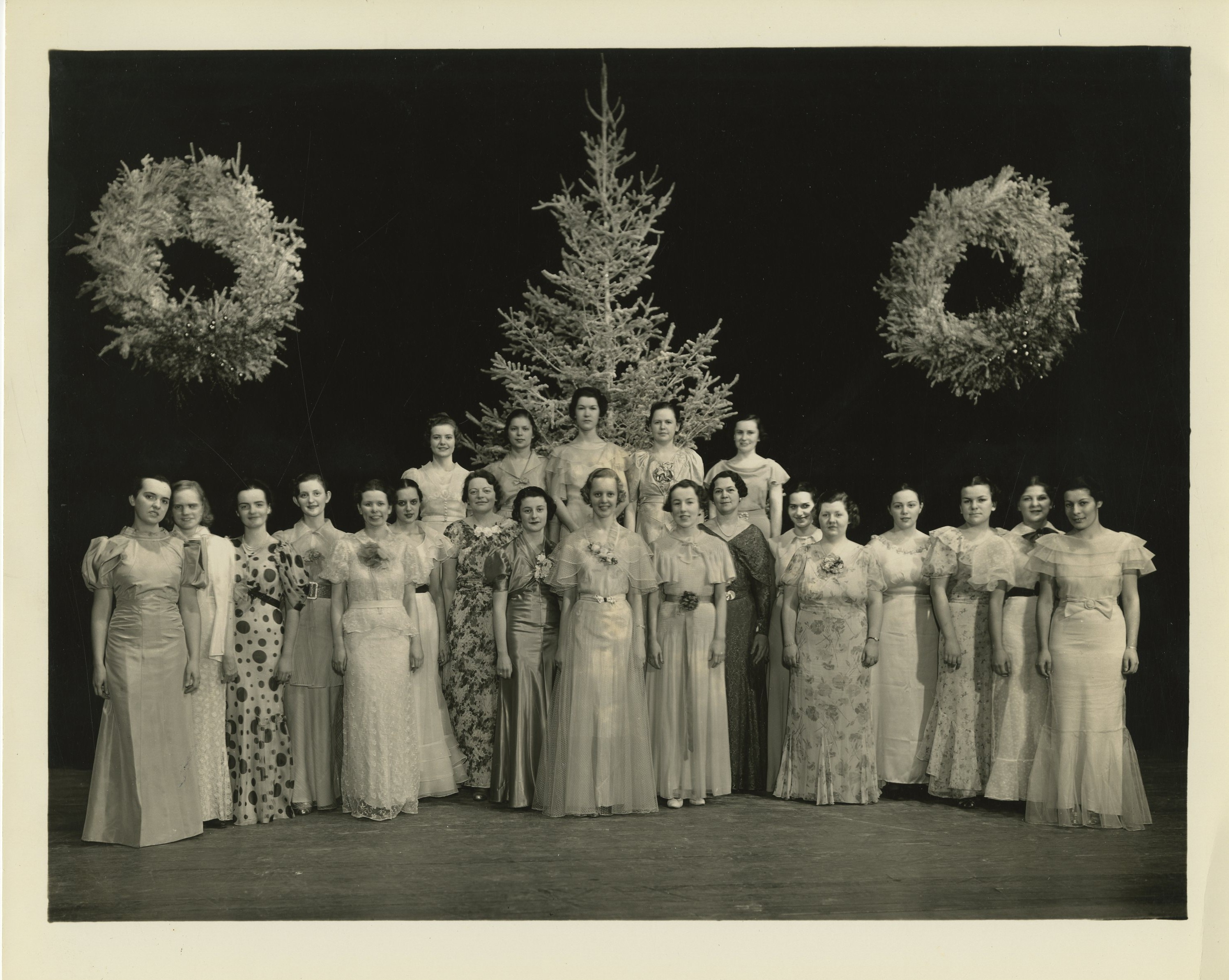 1936 Candlelighting ceremony